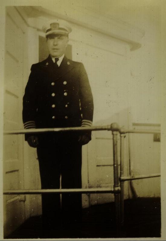 Ship officer 3